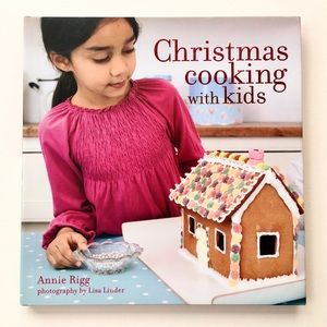 """BOOK """"Christmas Cooking with KIDS"""" Annie Riggs New"""